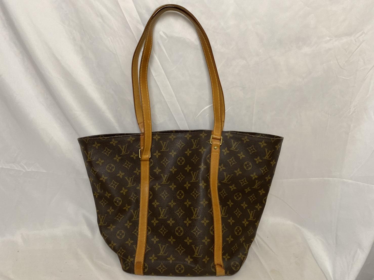 ブランド「ルイ・ヴィトン」商品名「ショッピング・バッグ」カラー「モノグラム」
