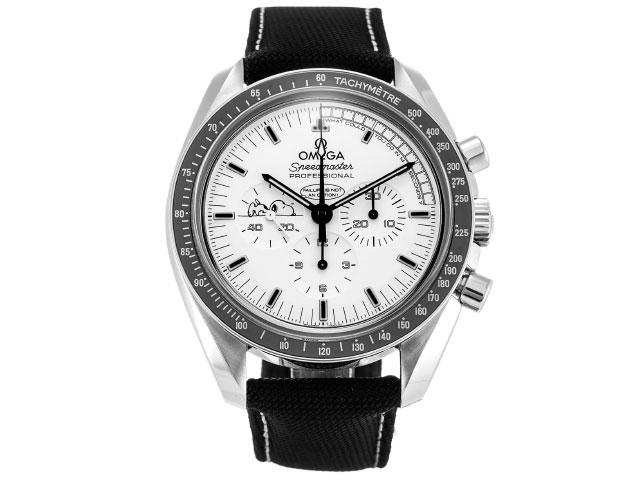 ブランド「オメガ」商品名「スピードマスター シルバースヌーピーアワード 1970本限定」型番「311.32.42.30.04.003」カラー「ホワイト」