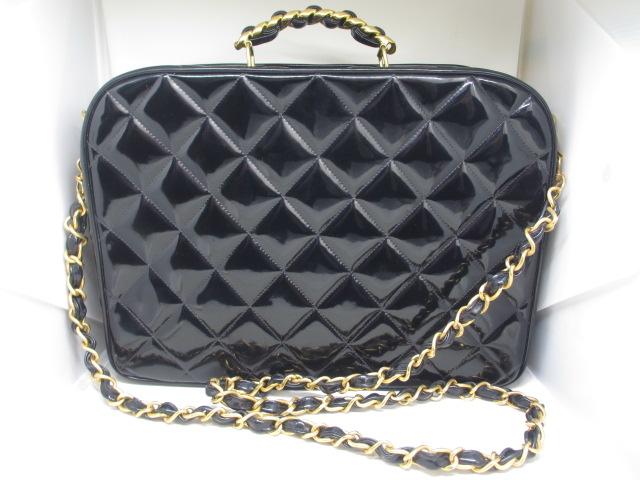 ブランド「シャネル」商品名「マトラッセ パテントレザー 2WAYバッグ」カラー「ブラック」
